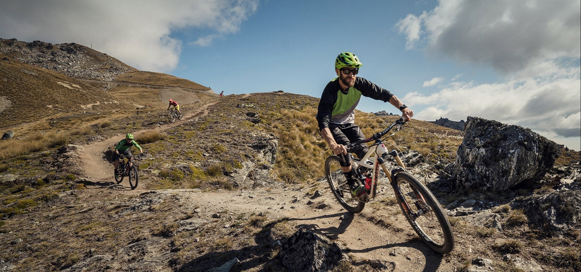 3c6aa0c5409 On your way to Queenstown, you will also come across the Cardrona Bike Park  with its steep slopes as well as the famous Rude Rock trail at Coronet Peak!